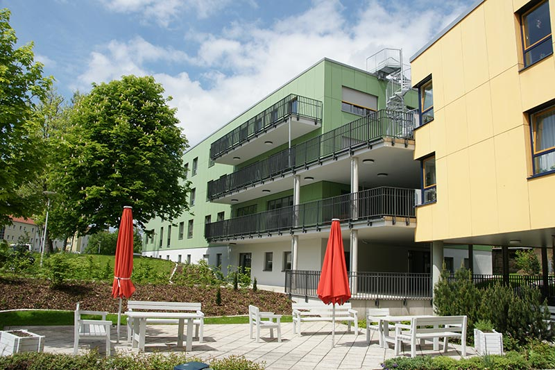 KKH Ronneburg: Aufstockung Therapiegebäude und Neubau Mehrzweckgebäude
